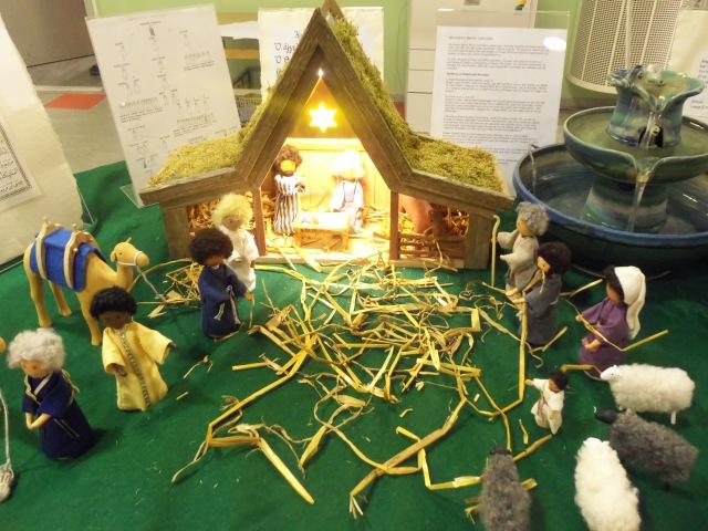 Representación de la llegada de los Tres Reyes Magos, invierno 2012-2013, Biblioteca de Skärholmen, Estocolmo. Foto: Carlos M. Estefanía