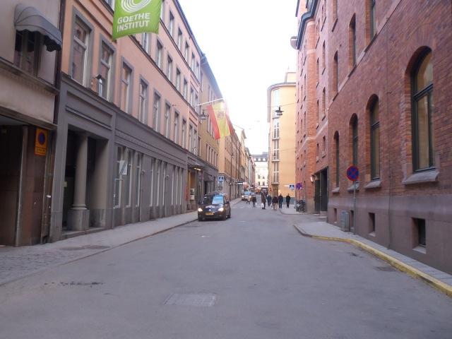 Calle Bryggargatan en su número 12a radica el Instituto Cervantes de Estocolmo. Foto: Carlos M. Estefanía