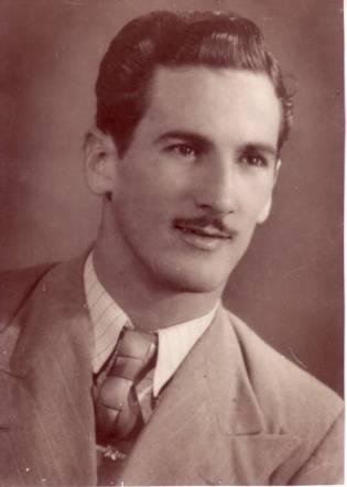 Mi padre: Amado Hernández Padrón. Camajuaní, Cuba, 1940.