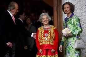Sus Majestades los Reyes de España y Elena Poniatowska