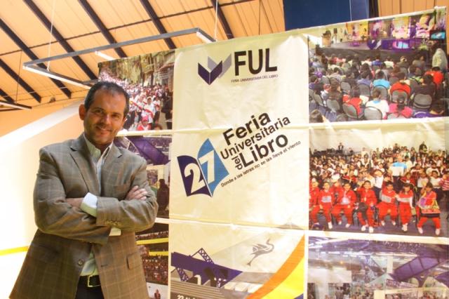 Henoc Santiago, director del Museo del Estanquillo, comentó que la importancia de la FUL en el contexto nacional, fue decisiva para sacarlo´por primera vez a una feria del libro.